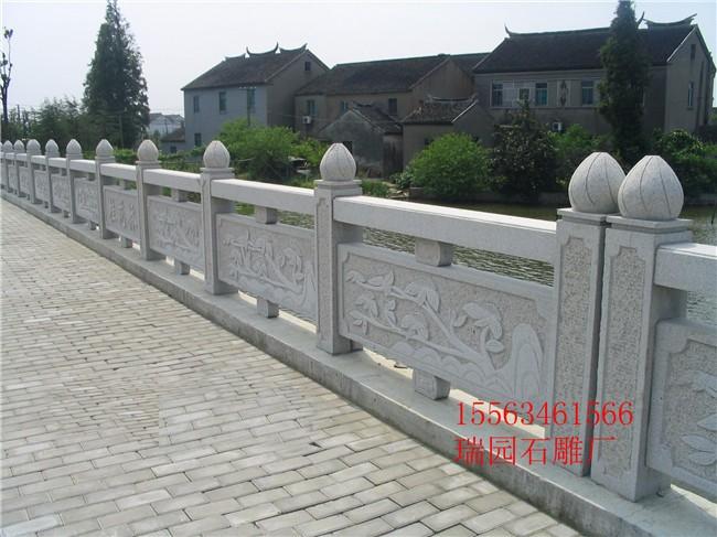 首页 供应信息 石材 石雕工艺品 > 石栏杆多少钱一米?
